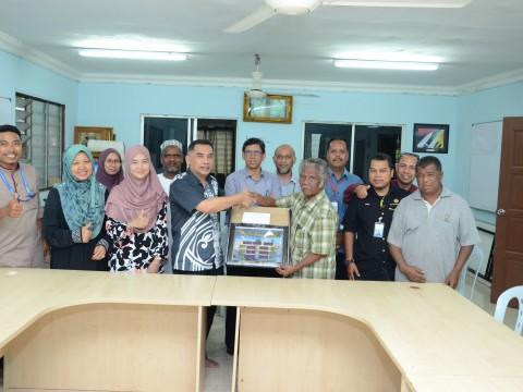 Kulliyyah of Engineering Community Engagement: Water Tank Project