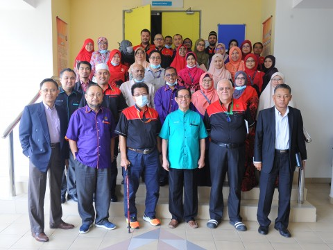 RECTOR'S STRATEGIC TOUR TO KULLIYYAH OF INFORMATION AND COMMUNICATION TECHNOLOGY (KICT)