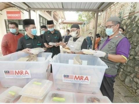 MUIP hulur bantuan makanan percuma kepada 200 penuntut UIAM