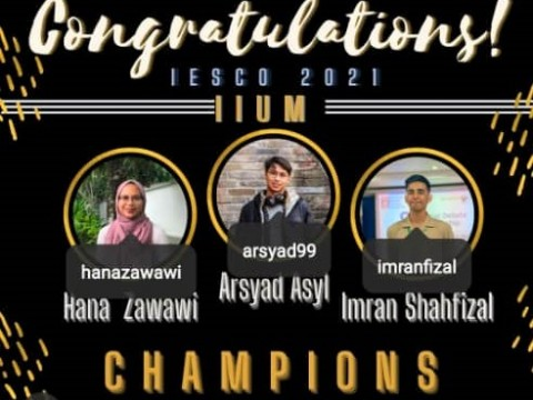 Champions of the Islamic Economics Debate Competition 2021