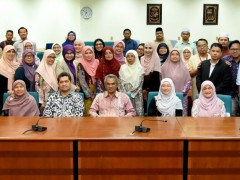 """""""THERE IS NO SUCCESS WITHOUT SACRIFICE""""-- IIUM PRESIDENT"""