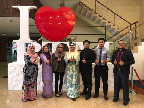 Congratulations to Nurul Anisatul Ashikin of IIUM for being crowned as The Best Debater during RTM & RTB Debate 2018