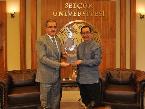 Uluslararası Malezya İslam Üniversitesi'nden Ziyaret