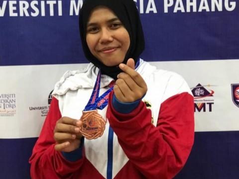 Congratulations!! IIUM Pagoh Achievement: Nur Aliah Binti Shamshuri Won a Bronze Medal in Karnival Sukan Majlis Sukan University Malaysia (MASUM)