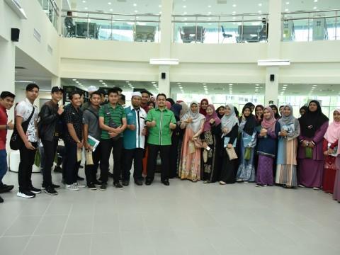 Kelab Rekreasi Keringat Waja Terengganu visit to CFS
