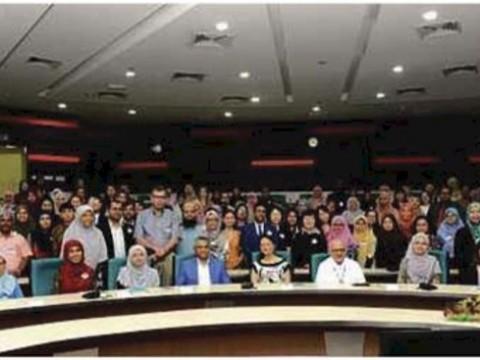 Language conference explores digital world