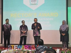 """""""Our students can become great leaders"""" – Datuk Dr. Daud Bakar"""